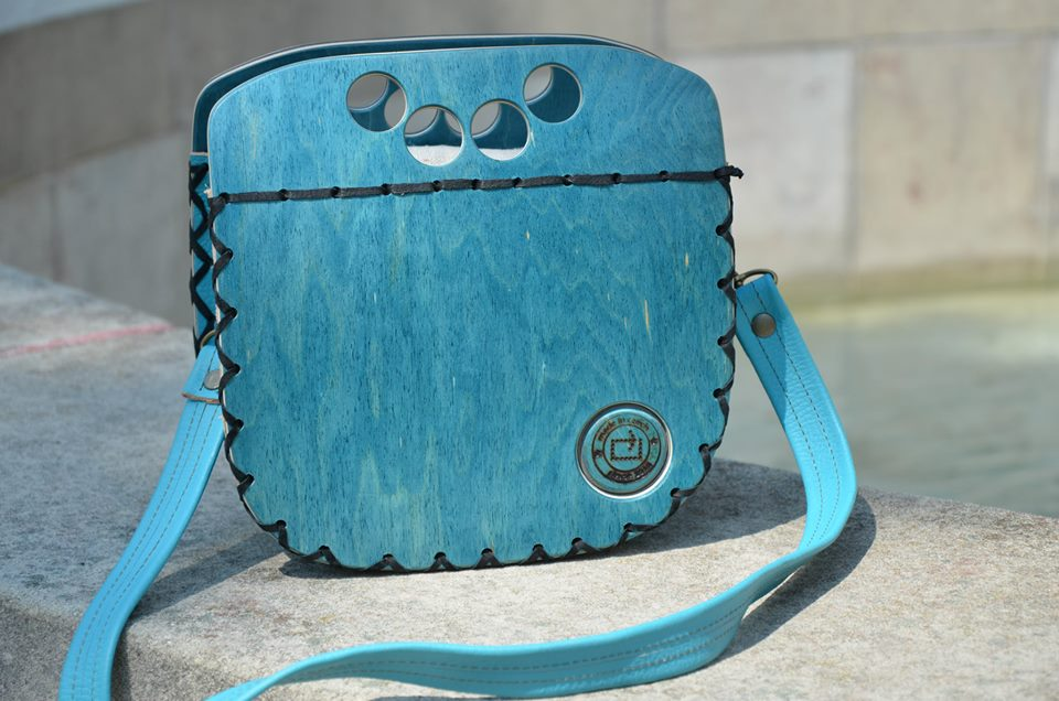Rest art wear - tortunique holes - kabelka